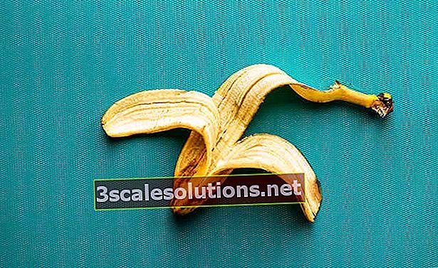 Goditi la buccia di banana